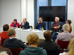 podiumsdiskussion-von-links-geuter-spd-hilbers-cdu-niggemeyer-mathias-guenther-pestel-institut